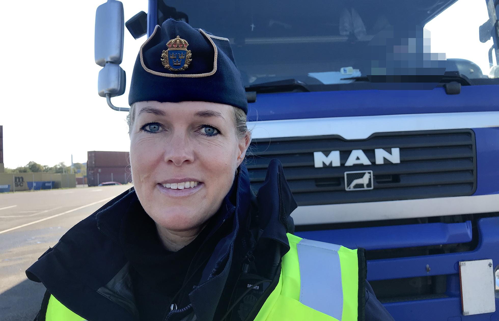 Gränspolis Anna Lönn berättade om proceduren kring avvisning av förare. Foto Heidi Bodensjö